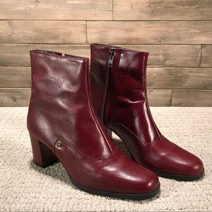 Vintage Etienne Aigner Boots